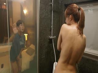 SSNI-674 巨乳上司と童貞部下が出張先の相部屋ホテルで…いたずら誘惑を真に受けた部下が10発射精の絶倫性交 三上悠亜 [ブルーレイディスク]
